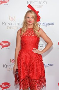 Miranda-Lambert-hit-high-note-all-red