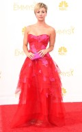 rs_634x1024-140825155904-634.kaley-cuoco-emmy-awards-red-carpet-082514