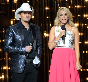 1415288716_carrie-underwood-cma-outfits-zoom