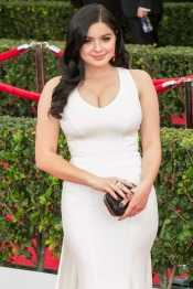 Ariel-Winter-ZAC-Zac-Posen-white-gown-2015-SAG-Awards-2