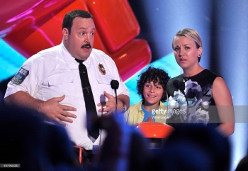 467968300-actor-kevin-james-in-character-as-paul-blart-gettyimages